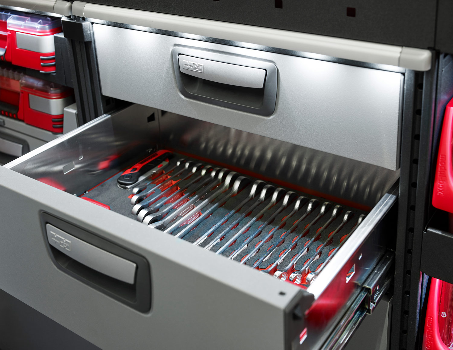 Example of modul-system drawer with spanners organised